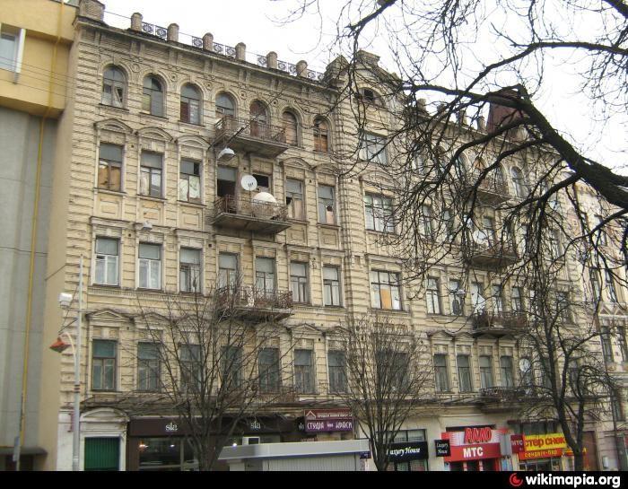 Будівля на вулиці Б.Хмельницького, 12-14