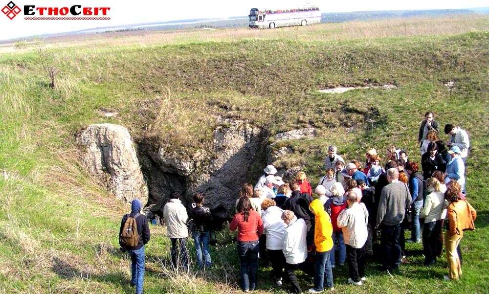 Більче-Золоте. Печера Вертеба