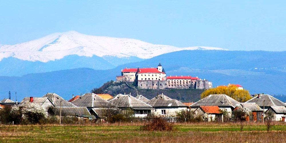 замок Паланок Закарпатье