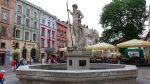 Фонтан Нептуна на площі Ринок