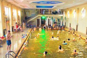 Термальний басейн в Берегово