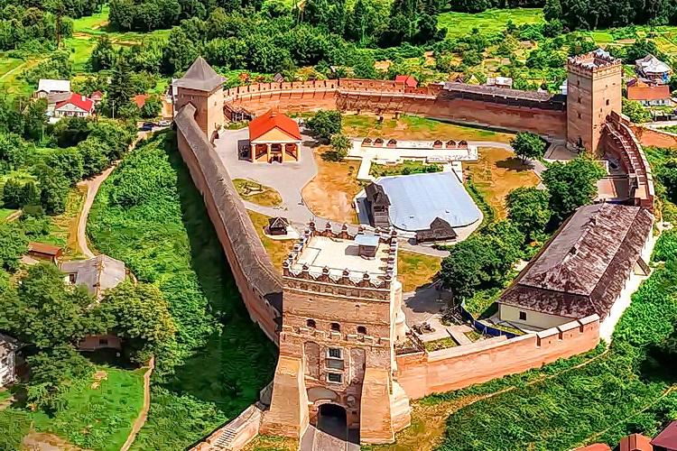Замок Любарта / тури на Волинь