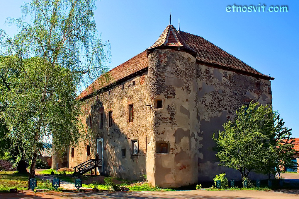 замки Закарпатья - Сент-Миклош