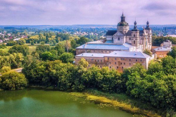 Экскурсия в Житомир и Бердичев из Киева / Экскурсионные туры в Украину из Беларуси