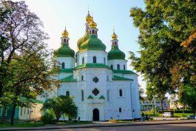ДРЕВНІЙ ЧЕРНІГІВ ТА АНТОНІЄВІ ПЕЧЕРИ @ із Києва, 1 день