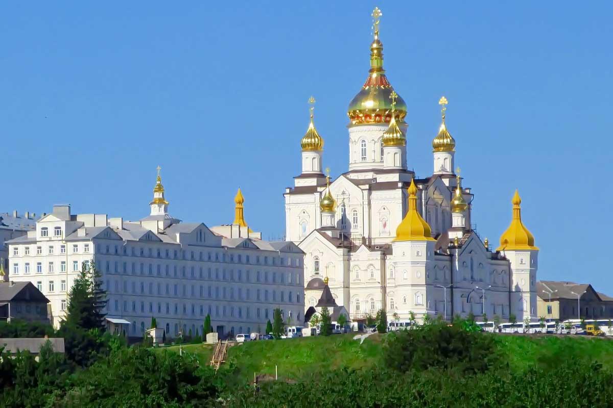 Поездка в Почаев из Киева / тур в Почаев из Киева / Почаевская Успенская Лавра
