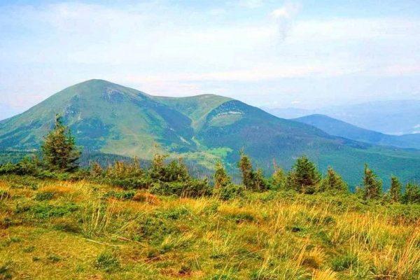 Похід на гору Петрос