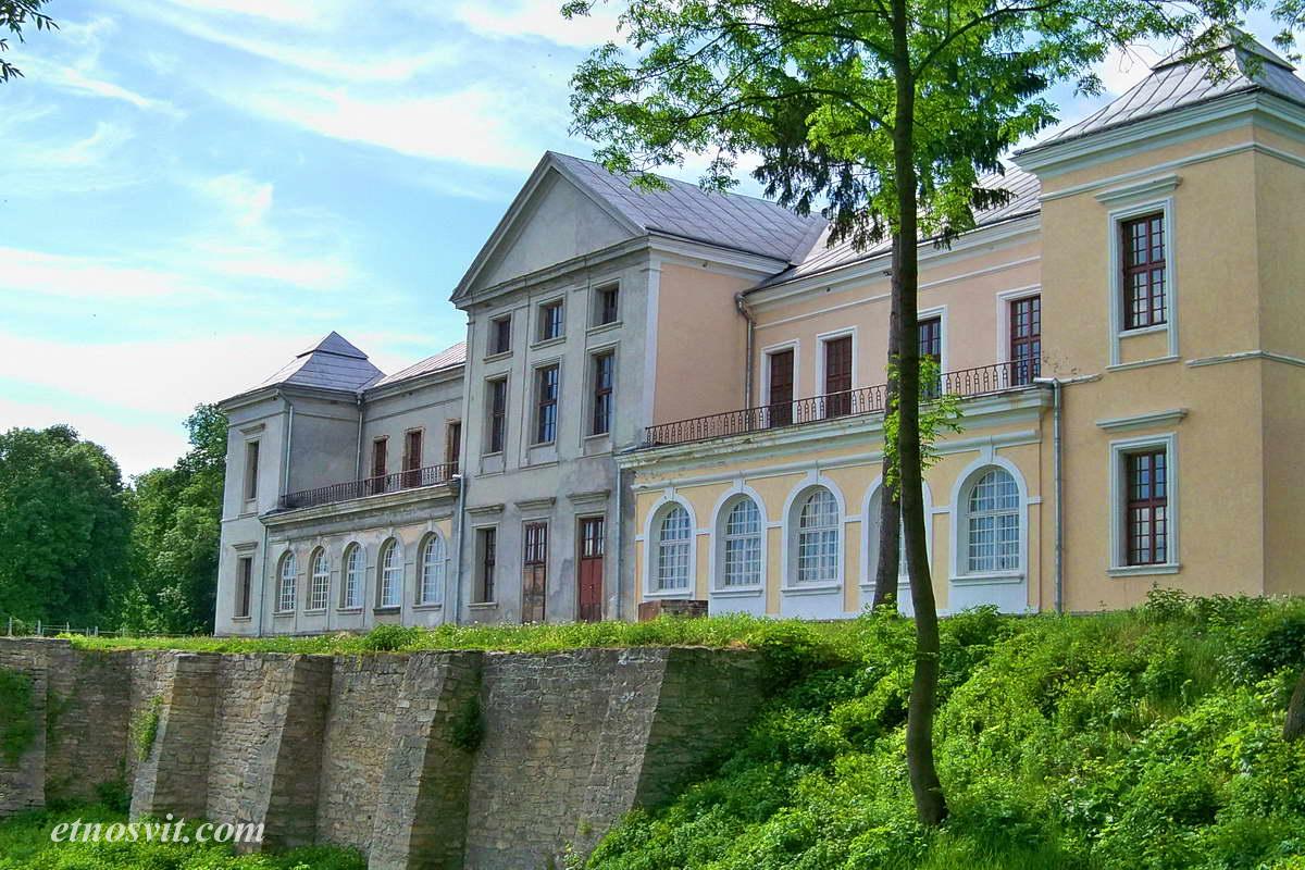 Вишневецкий дворец, экскурсия