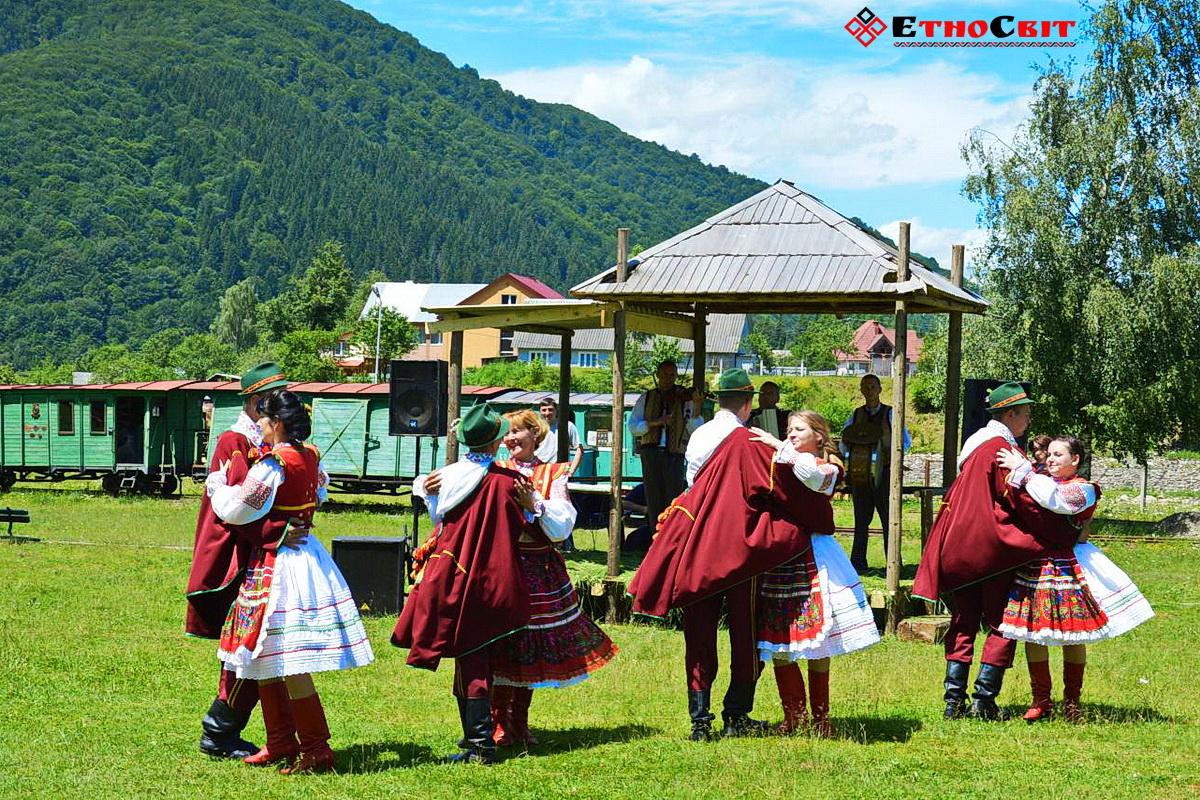 Колочава фестиваль ріплянки