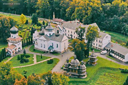 Креховский монастырь святого Николая Отцов Василиан | Львовщина