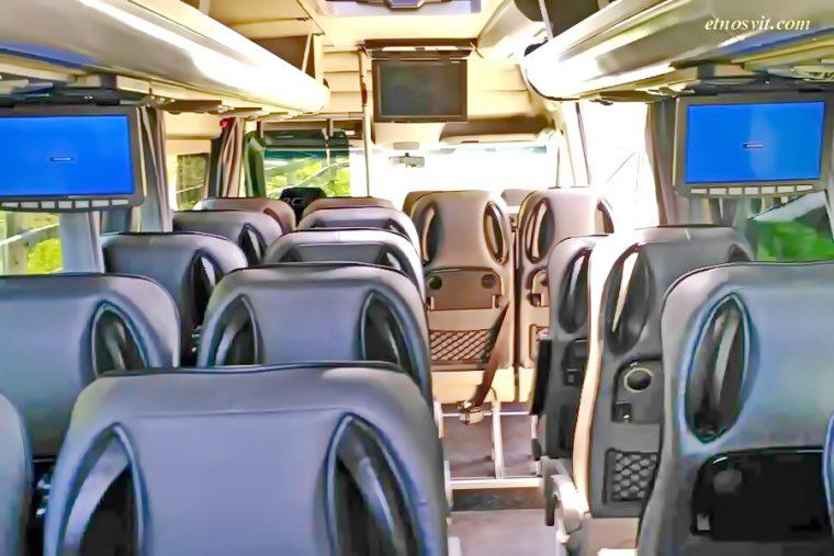 Пассажирские перевозки Mercedes Sprinter 22 місця