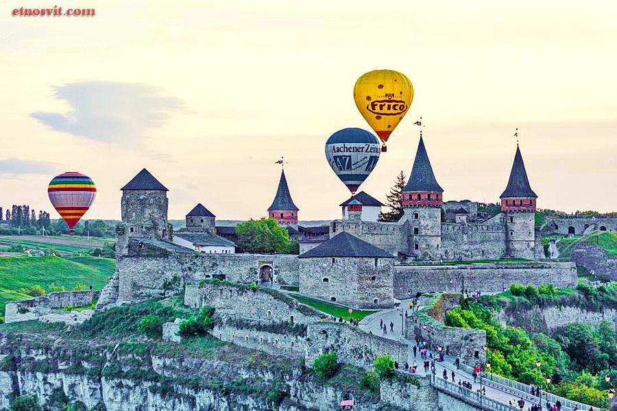 Фестиваль воздушных шаров Каменец Подольский