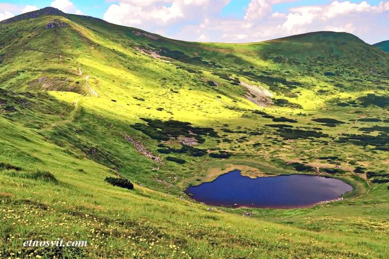 Озеро Несамовите Карпати / Озеро Несамовитое Карпаты