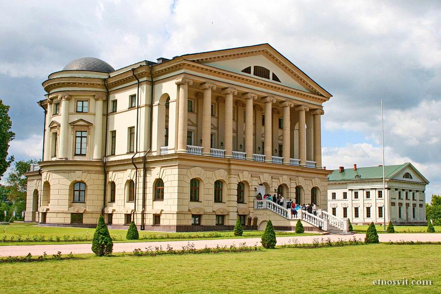 Дворец Кирилла Разумовского