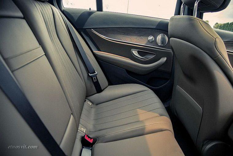 Пассажирские перевозки Mercedes-Benz e200