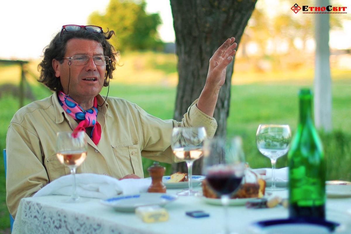Ексклюзивна виноробня маркіза Лакарена | Серфінг тур з Києва на Тилігульський лиман